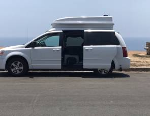 2010 Chrysler Town & Country Customized Campervan