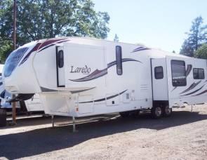 2012 Laredo 31re