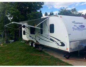 2010 Coachmen Freedom Express - UPMi63