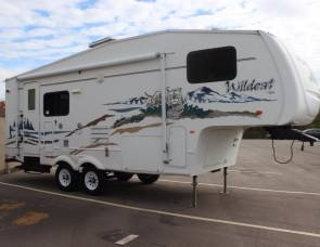 2006 Forest River Wildcat 24RL