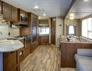 2017 27ft Keystone Hideout Luxury - Free Delivery to FT Wilderness