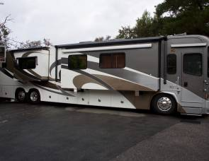 2010 country coach 45 foot allure bath half