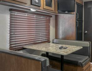 2018 Bunkhouse perfect for Small SUV's going to Key West
