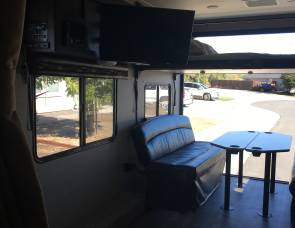 2017 Pacific Coachworks Surfside