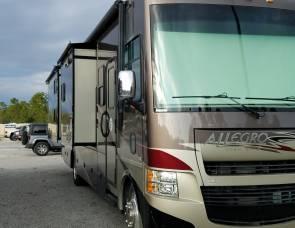 2013 Tiffin Allegro 35QBQ