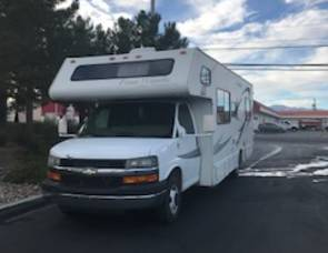 2007 28 FT CLASS C RV SLEEPS 8 DRIVES LIKE A CAR NICK NAME (AGGIE)
