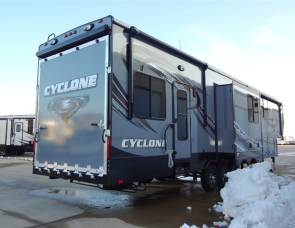2015 Heartland Cyclone 4150