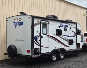 2016 Pacific Coachworks Tango 17UL