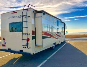 2017 *NEW* Ez-2-Drive Luxury RV w/SOLAR! Leprechaun 32 Double Slide, Private Bedroom, Sleep10