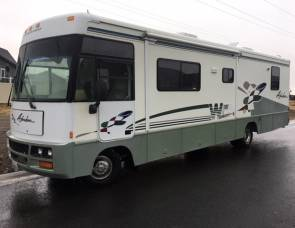 2003 Adventurer Winnebago