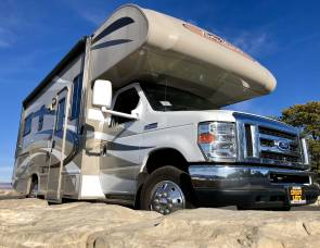 2015 Four Winds Motorhome
