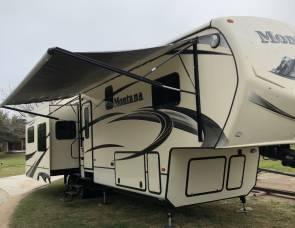2015 Keystone Montana 77584