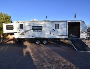 2011 Outback Keystone 280rs Fully Loaded
