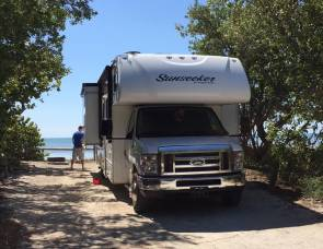 2017 DOG FRIENDLY! BUNKHOUSE BEAUTY! SUNSEEKER SLEEPS 10!