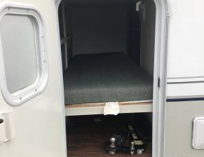 Keystone Outback Twin Bunks for Kids! Perfect for First Timers!