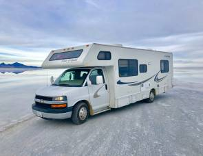 2004 Four Winds 5000 28A