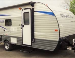 2018 19' Gulfstream Amerilite travel trailer