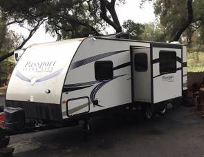 2014 Ultra Lite Passport 24 Foot BHWE
