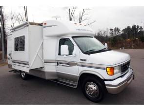 2003 Phoenix Cruiser M2301 - Complete Housekeeping Kit Included
