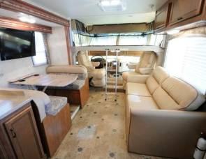 Harry the RV Thor Hurricane 34J