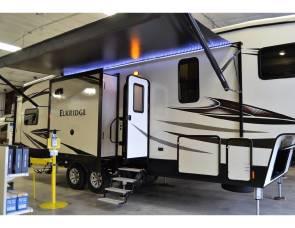 2017 Heartland RV / Elkridge 33 RSR