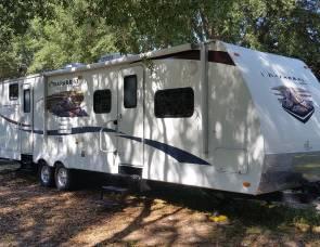 2011 Coachman Chaparral 31' Bunkhouse