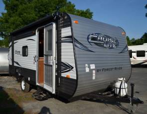 2017 cruiselite 19 foot bunkhouse trailer sleeps 6