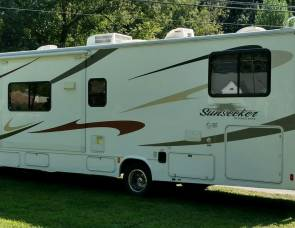 2011 Sunseeker by Forest River Bunkhouse
