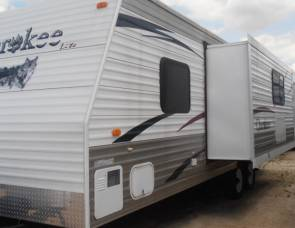 2008 Forest River Cherokee 26K