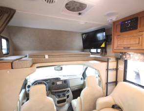 2017 SUNSEEKER SUPER SLIDE! HUGE KITCHEN!
