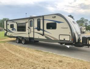 2013 Forest River Coachmen 305RKDS