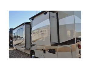 2018 Coachmen Leprechaun319 MBF