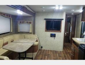 2014 Kodiak TQB 292 3-QUEEN BEDS Travel Trailer Toy Hauler with 10' Garage (2nd Private Bedroom)
