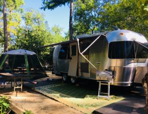 2004 Airstream International 22