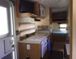2004 Forest River Flagstaff (Bunk Beds & 3,234 .lbs)