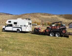 2017 F-350 Diesel Ford Truck 4-Door with Lance Camper