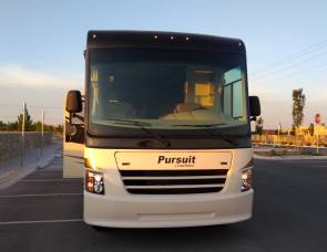2018 Coachmen Pursuit 33 BH