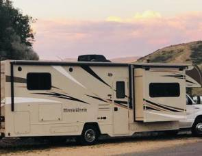 2018 Brand NEW Winnebago Minnie Winnie fully stocked without additional cost!