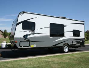 2017 17BH Launch Super Lite Travel Trailer