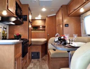 2017 Winnebago Minnie 22 #171008