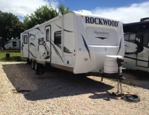 2012 Forest River Rockwood 1