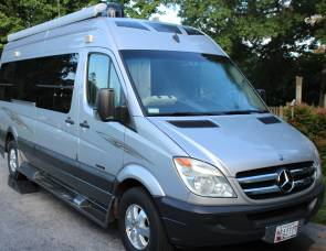 2009 Roadtrek RS Adventurous