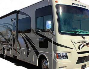 2015 Thor Motor Coach Windsport (58)