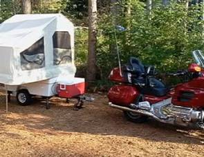 2006 Motorcycle/car micro Camper (Delivery, setup and removal available)
