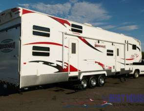 2010 SHOCKWAVE 5TH WHEEL 40'