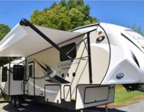 2018 Chaparral #1 DELIVERED FULLY STOCKED Sleeps 10