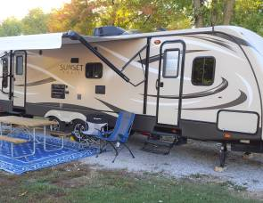 2015 Crossroads Sunset Trails 290RL Super Lite