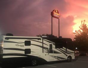 2017 Coachmen Pursuit 33BH