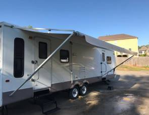 2003 Keystone Mountaineer Montana Model 335RL