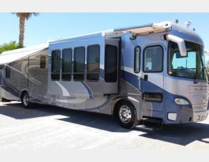 2004 Gulf Stream Friendship G7 Quattro 40' 400hp Diesel Pusher-4 Slideouts Motor Home